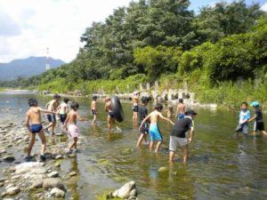 神流川 川遊び