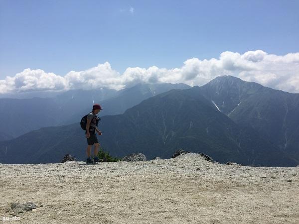 薬師岳から北岳